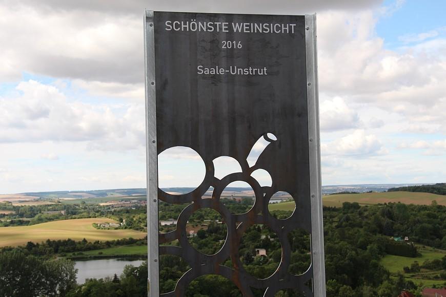 Schönste Weinsicht an Saale-Unstrut Blick vom Max-Klinger-Weinberg im Naumburger Blütengrund